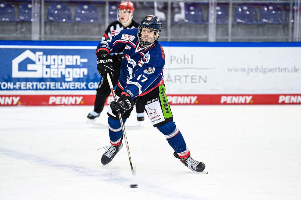 Adrian Klein auf der Eisfläche