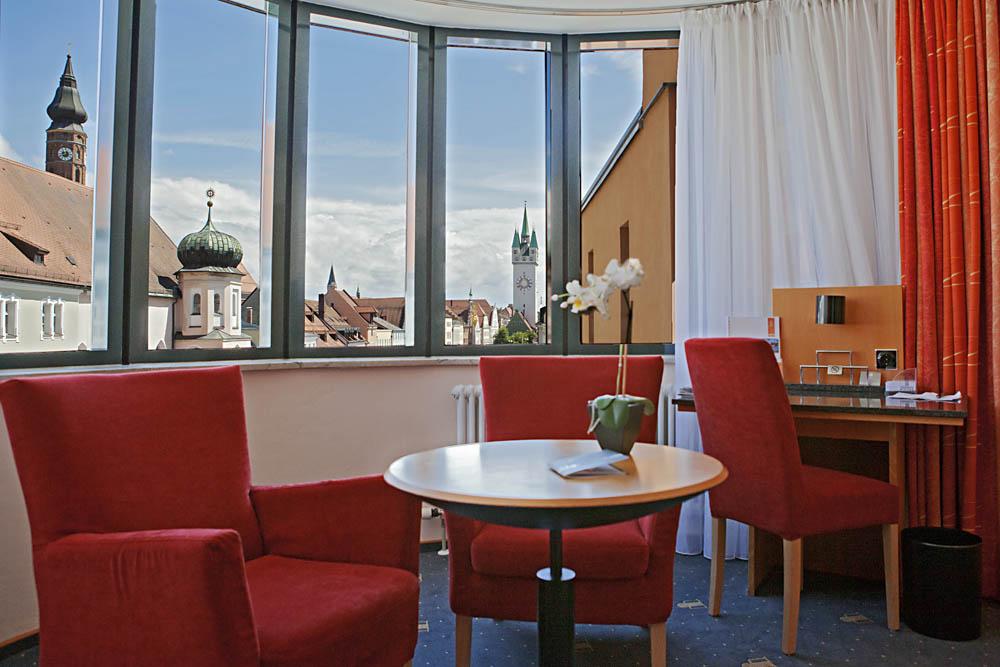 Sitzgelegenheit in einem Zimmer im Hotel Theresientor