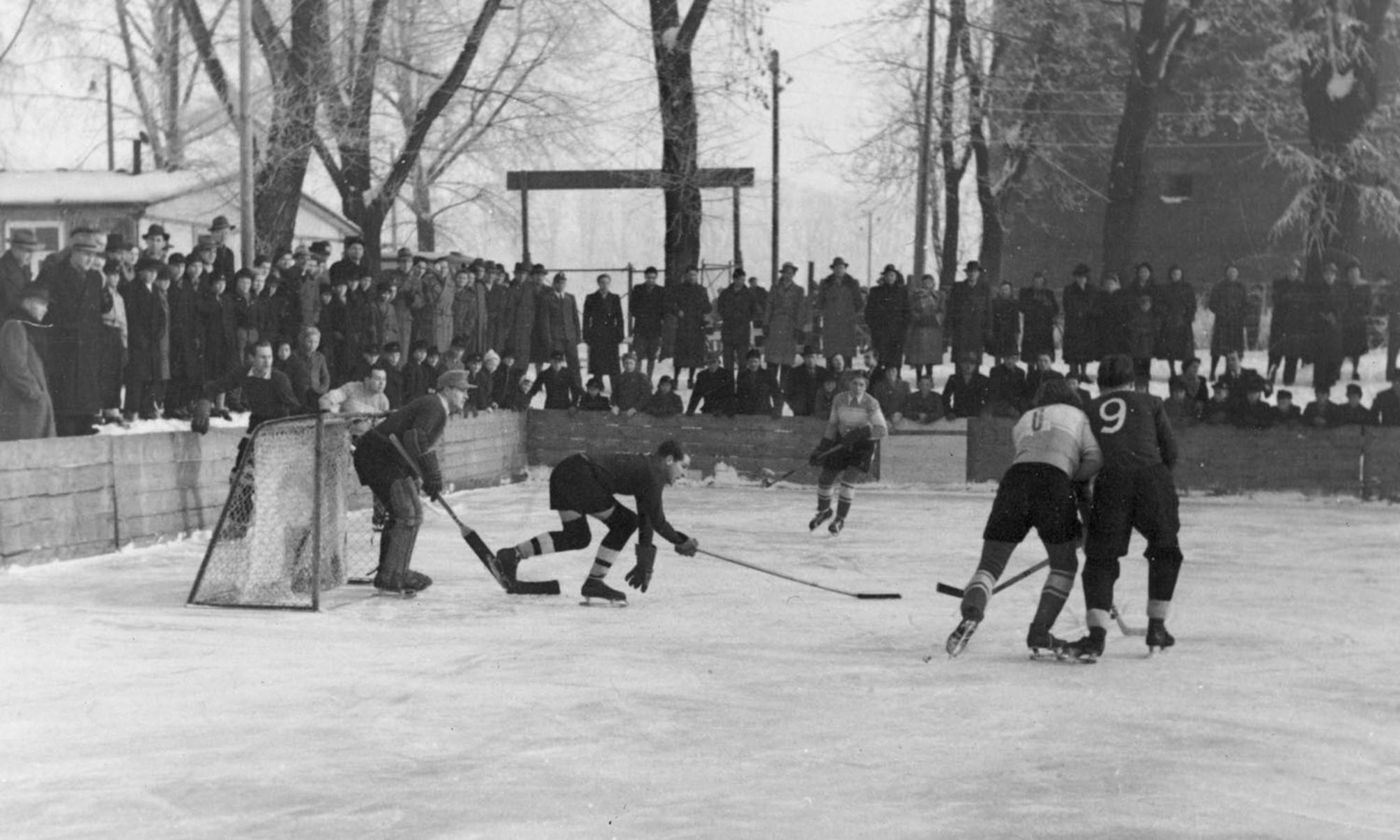 Spieler bei einem Spiel 1947