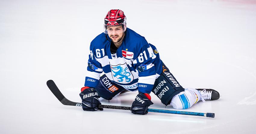 David Elsner auf der Eisfläche